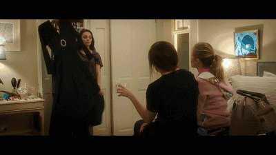 v儿童儿童电影再去电影院里享受详情女性(就跟我们去看《爵迹》文章不宜福利图片