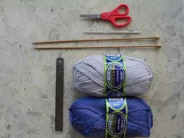 辐条4号,钩号3 剪刀 手工编织鞋子教程图解: 开头织10针