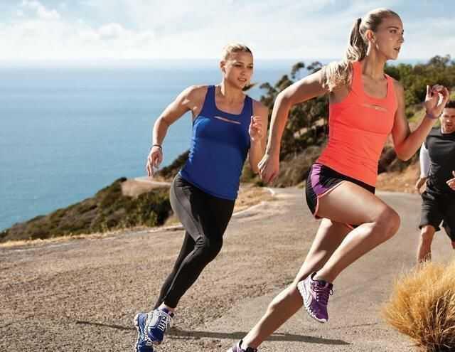 跑步有效的瘦脸?瘦腿针一边一针图片