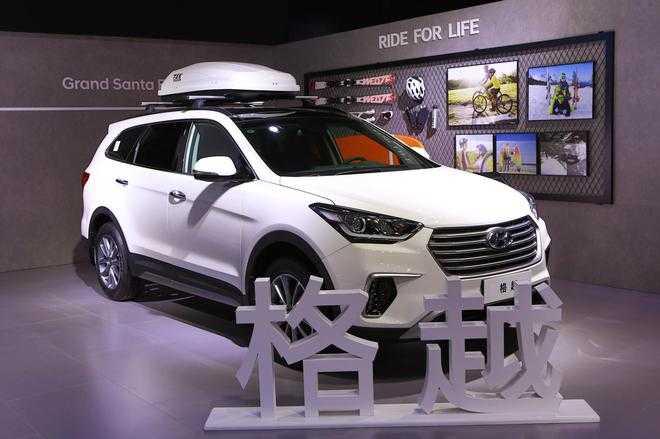 新浪汽车讯2016年11月4日,进口现代7座suv新款格越上市,该车定位为