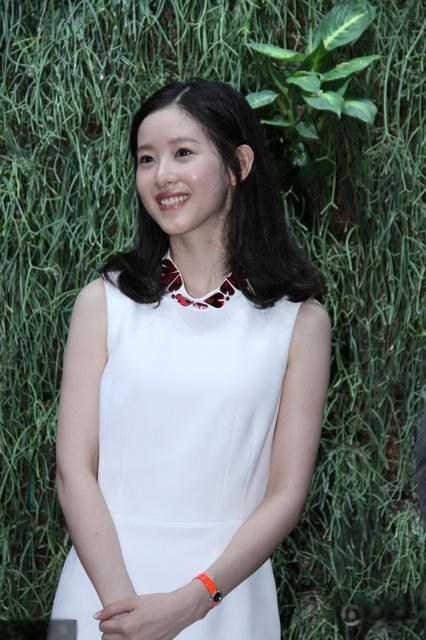 漂亮的少妇被强奸小?_奶茶妹妹产后近照,被称中国最美少妇!