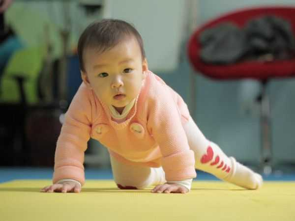 爬行健身_婴儿爬行垫_爬行怎么读