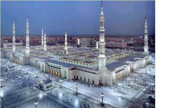 麦加abraj al bait towers 由七座高二百至四百多公尺的巨塔组成,最高