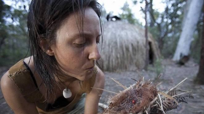 探秘 30岁农村女子深山隐居的 真实 生活 图