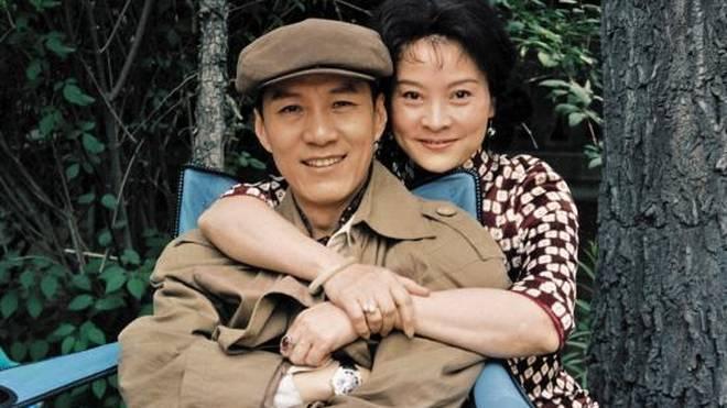 新婚妻子第三部二十二_相信很多人都不相信,结婚二十几年的老夫老妻会如此甜蜜.